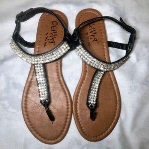 Olivia Miller Size 9/10 Sandals
